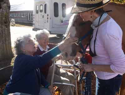 Residents Visit Winchester Stables